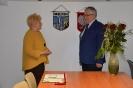 Gryfa wręczyła Przewodnicząca Sejmiku Maria Ilnicka-Mądry-2